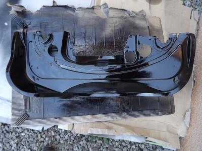 tole moteur arriere epoxy noir