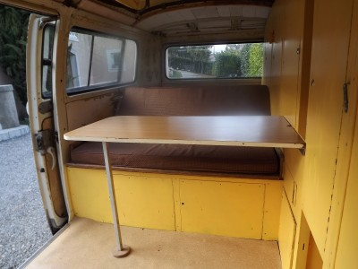 Table baywindow formica